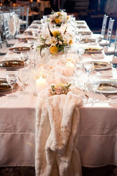 cool faux fur winter wedding ideas deer pearl flowers
