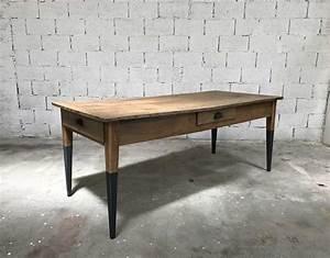 Table Ancienne De Ferme : ancienne table de ferme en ch ne porte jarretelle ~ Teatrodelosmanantiales.com Idées de Décoration