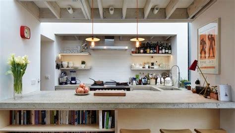 loft kitchen design liaci 243 n de una cocina hacia el jard 237 n interior 3839