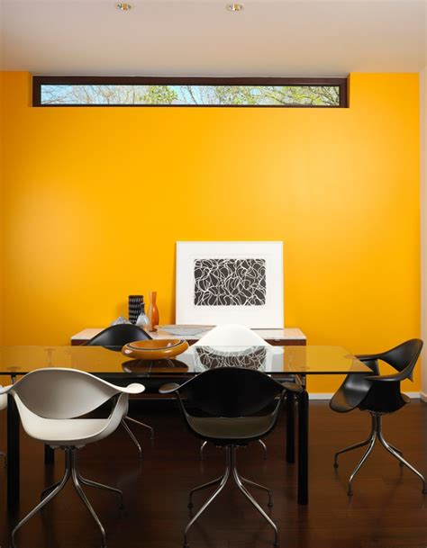 Yellow Accent Wall Decor Ideas