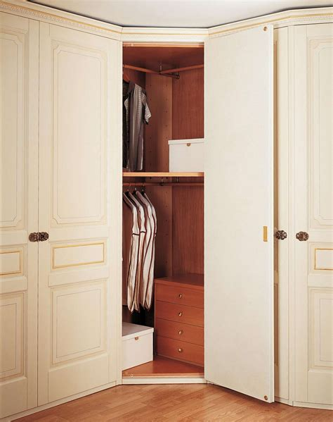 guardaroba angolo armadio classico con angolo vimercati meda