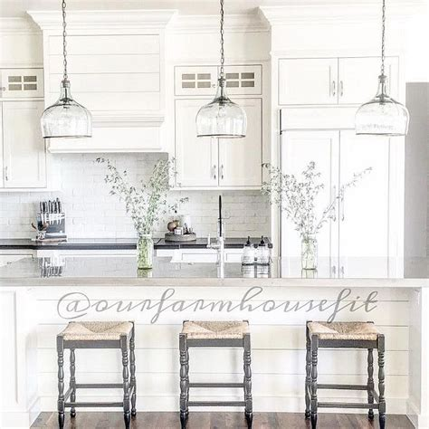 farmhouse kitchen pendant lights the 25 best kitchen pendant lighting ideas on pinterest