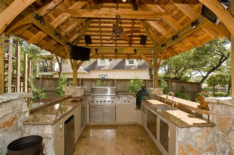 straight  level austin remodeling kitchens bathrooms