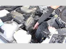 Remplacer une pompe à eau sur BMW 318i E36 YouTube