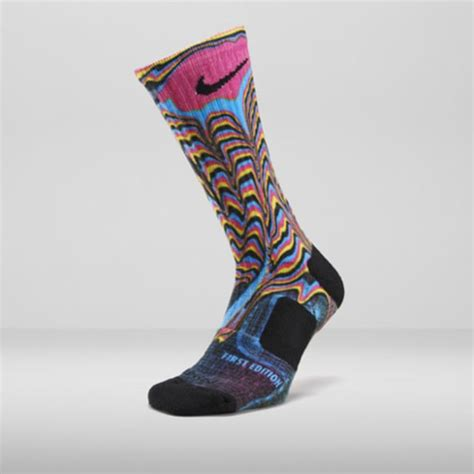 nike elite  releasing socks   digital ink