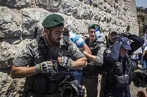Palestinians clash with Israeli police outside Jerusalem ...