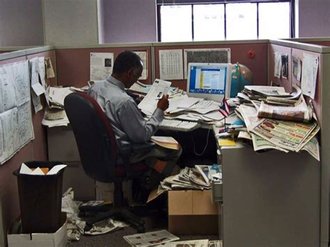 A Messy Desk Could Make You Productive  Business Insider