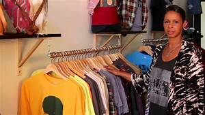 How to Decorate a Consignment Fashion Boutique : Fashion