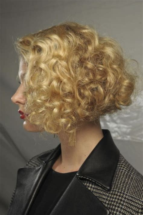 10 Wavy bob hairstyles or 10 reasons to try this on trend