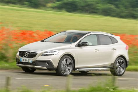 Volvo V40 Cross Country Picture by Volvo V40 Cross Country 2016 Pictures 26 Of 31 Cars