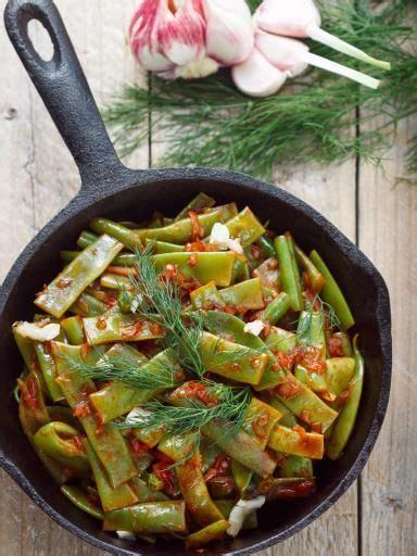 cuisiner les haricots plats wok de légumes aux haricots plats recette wok de