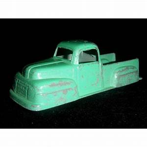 Tootsietoy 1949 Ford F-1 Pickup Truck - Type 2