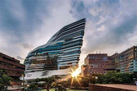 The Astonishing Neofuturistic Architecture Of Zaha Hadid