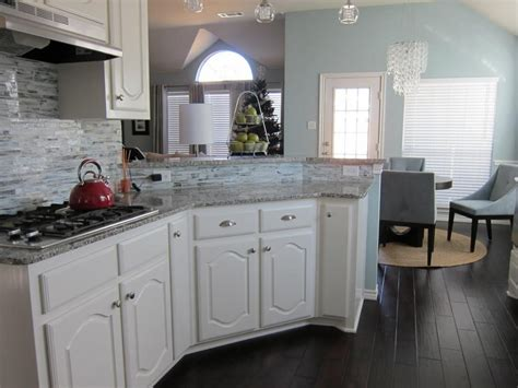 white kitchen cabinets floors white kitchen cabinets with hardwood floors choice 1796