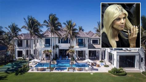 Why Did Elin Nordegren Sell Her Florida Mansion at a Big ...