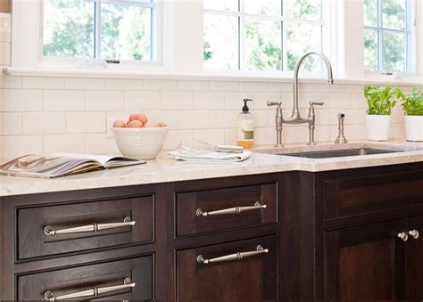 White Subway Tile Backsplash With Dark Cabinets : Stained Kitchen Cabinets Design Ideas