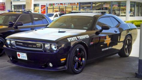Polizei Stoppt Dodge Challenger by Dodge Challenger Srt8 Highway Patrol Dodge