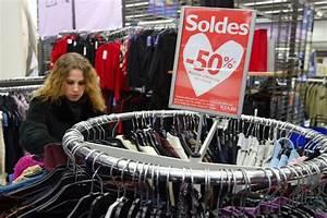 Zone Industrielle Claye Souilly Magasins : les fran ais privil gient les magasins de v tements bon ~ Dailycaller-alerts.com Idées de Décoration