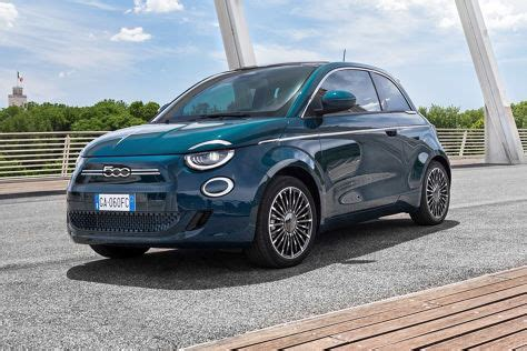 Maybe you would like to learn more about one of these? Fiat 500e (2020) im Test: Erste Ausfahrt im neuen ...