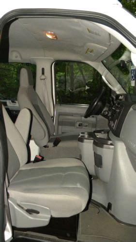 sell   ford   super duty xlt  passenger van