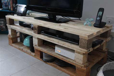 meuble fabrique avec des palettes tutoriel diy meuble tv en palettes sous notre toit
