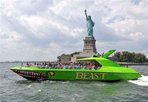 Boat Ride Nyc by Nyc Beast Speed Boat Ride Discount Nyc Cheap Travel