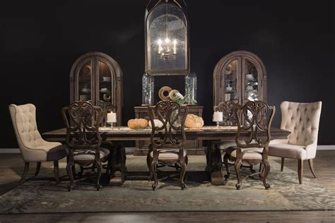 Hooker Rhapsody Dining Table   Mathis Brothers Furniture