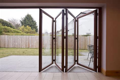 Doors : 20 Folding Door Design Ideas