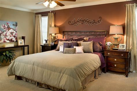 traditional master bedroom with crown molding ceiling
