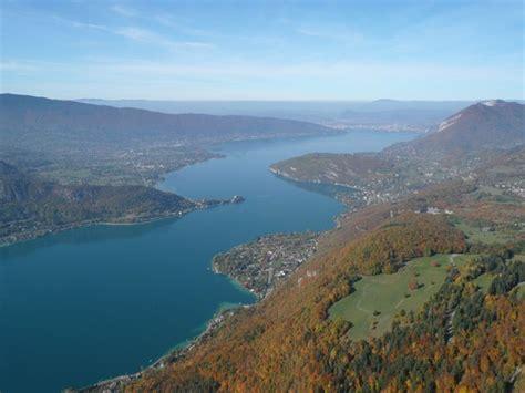 bureau change annecy lake annecy in annecy alps savoie mont blanc