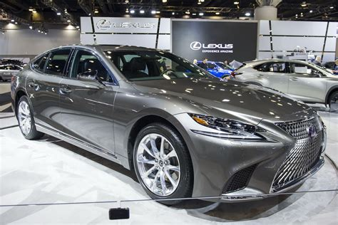 2018 lexus ls 500h debuts in america at the vancouver show carscoops