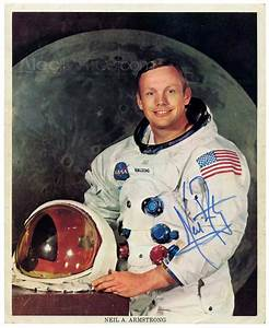 Official NASA WSS litho portrait of Neil Armstrong ...