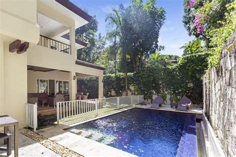 bedroom house  swimming pool  rent  maria luisa