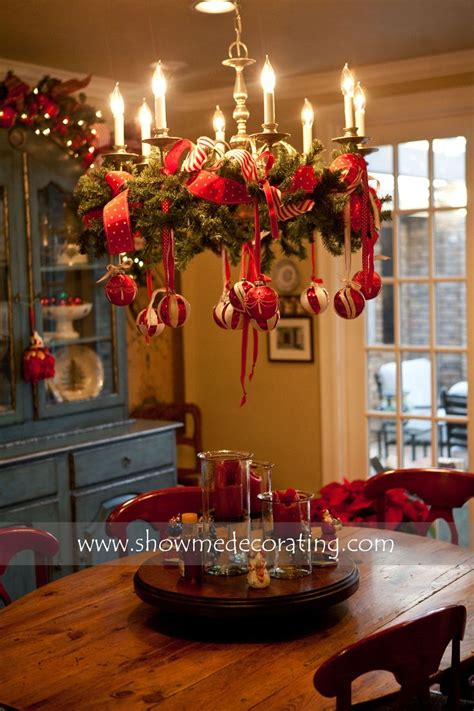Awesome Ornamented Christmas Chandeliers For Unforgettable