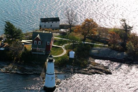 Lighthouse Boat Tours Nyc by Rock Island Lighthouse Tour Clayton Island Tours