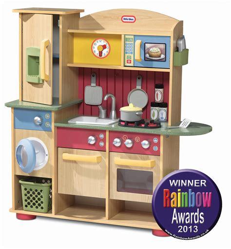 Kitchen Colour Scheme Ideas - little tikes cookin 39 creations wood kitchen in rainbow toy awards