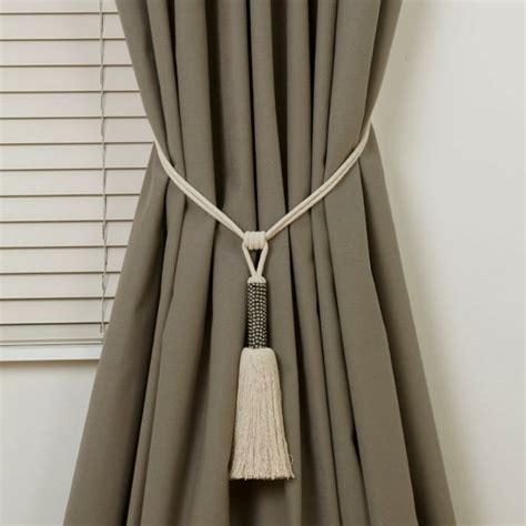 embrasse magnetique pour rideaux embrasse rideau 80 mod 232 les originaux pour une d 233 coration de charme archzine fr
