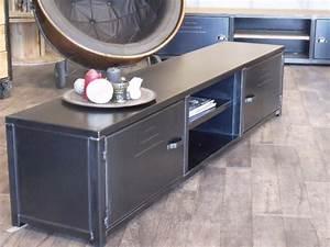 Meuble Tv Metal : meuble tv de style industriel micheli design ~ Teatrodelosmanantiales.com Idées de Décoration