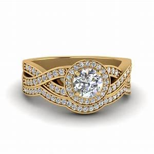 Emerald cut twist channel set diamond wedding ring sets in for Vintage wedding rings sets
