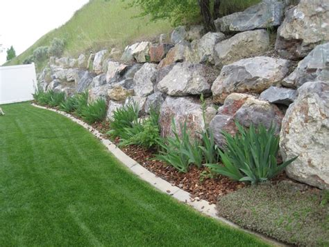 rock wall ideas large rock retaining wall home decorating trends homedit