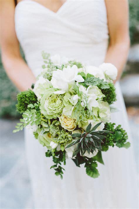southern wedding green bouquet