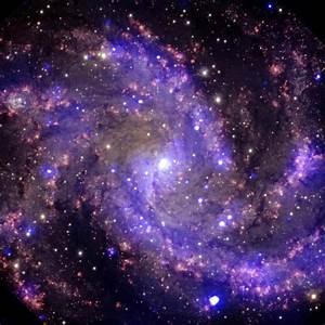 'Fireworks Galaxy' 22 million light years away - Photos ...