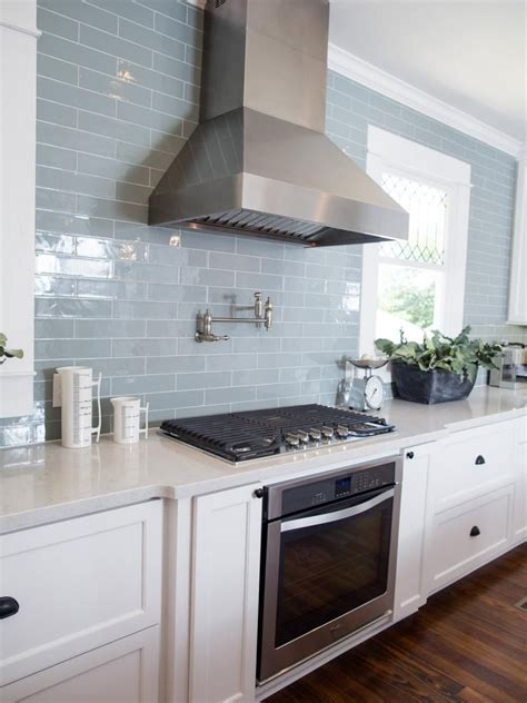 Kitchen Backsplash And Subway Tile by Fixer Sized House Small Town Charm Vent