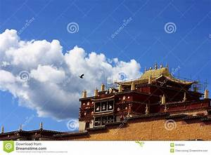 Blue Sky White House Temple Stock Images - Image: 6948284