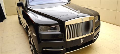 rolls royce cullinan  coolest features