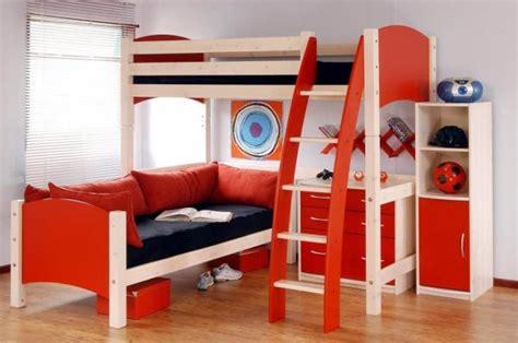 decorating    boys bedroom