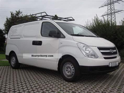 hyundai h1 cargo hyundai h1 2 sliding ahk 2009 box type delivery photo and specs