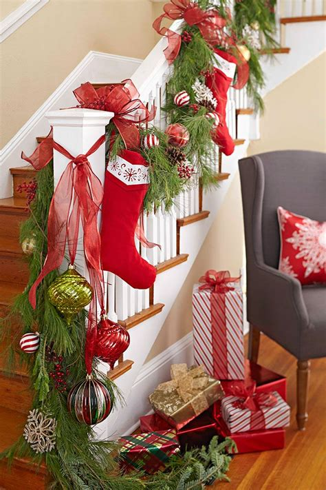 garland decoration ideas 17 best ideas about staircase on