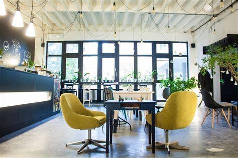 Startit Community Bar: A Work-Friendly Place in Novi Sad