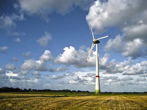 Ветровые генераторы для дома выбор и цена своими руками